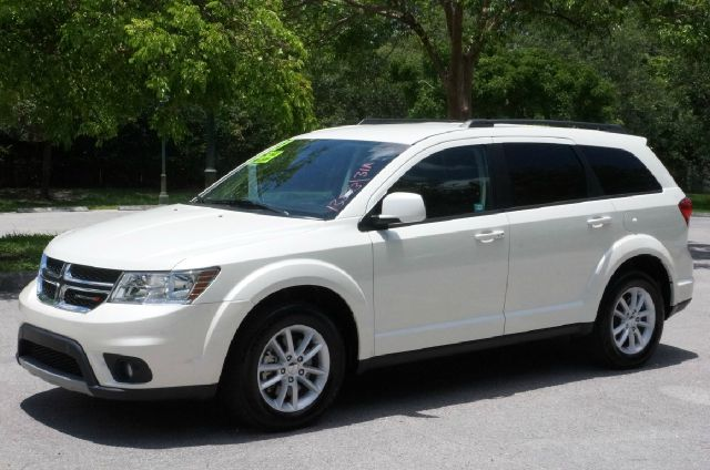 2013 DODGE JOURNEY SXT 4DR SUV white clean carfax 99 point safety inspection automat