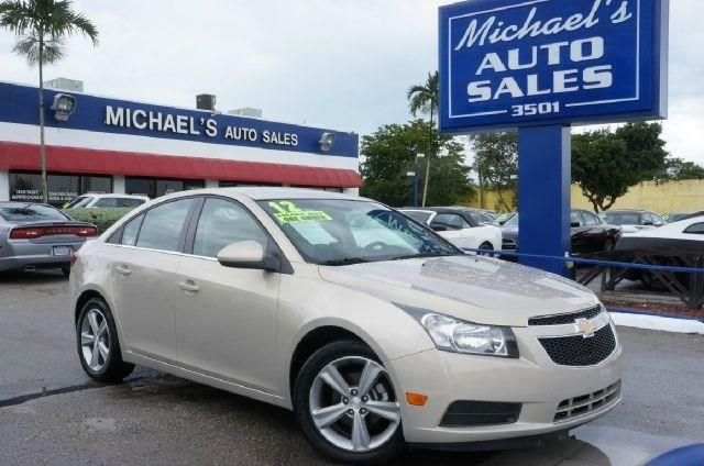 2012 CHEVROLET CRUZE LT 4DR SEDAN W2LT summit white 99 point safety inspection clean carf