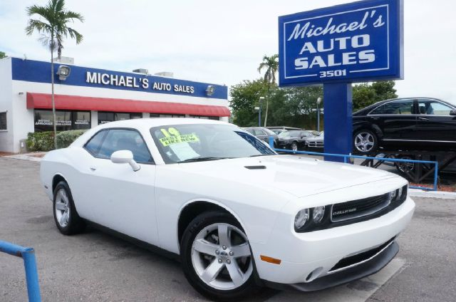 2014 DODGE CHALLENGER SXT bright white clearcoat clean carfax automatic clean title