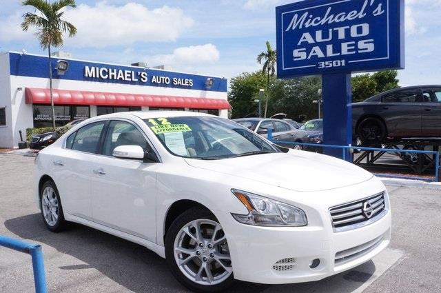 2012 NISSAN MAXIMA 35 S 4DR SEDAN winter frost pearl dont let the miles fool you get hooked on