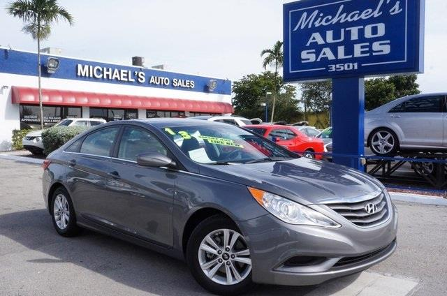 2013 HYUNDAI SONATA GLS harbor gray metallic 99 point safety inspection clean carfax a