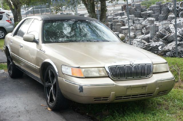 2000 MERCURY GRAND MARQUIS GS 4DR SEDAN unspecified gs cloth twin comfort seatspower door mirrors