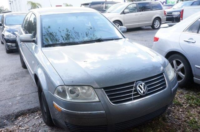 2003 VOLKSWAGEN PASSAT GL 4DR SEDAN unspecified turbo isnt it time for a volkswagen looking