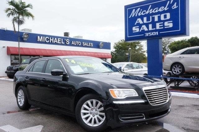 2014 CHRYSLER 300 BASE 4DR SEDAN gloss black no games just business its time for michaels auto