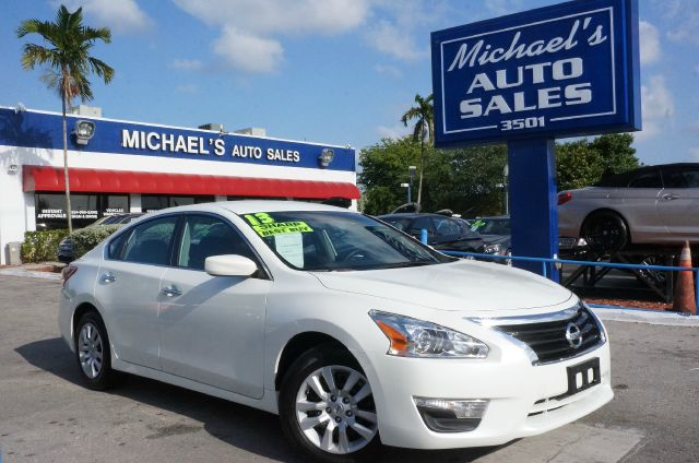 2013 NISSAN ALTIMA 25 SV 4DR SEDAN pearl white 99 point safety inspection automatic p