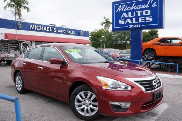 2013 NISSAN ALTIMA 25 4DR SEDAN cayenne red metallic cvt xtronic get carried away good fuel eco