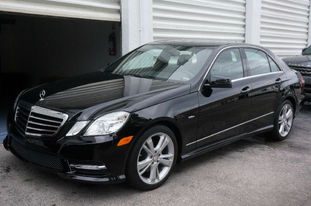 2012 MERCEDES-BENZ E-CLASS E350 black clean carfax 99 point safety inspection automa