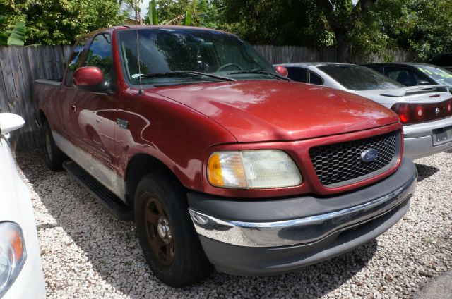 2002 FORD F-150 XLT 4DR SUPERCAB 2WD STYLESIDE S bright red clearcoat 308 axle ratio16 polishe