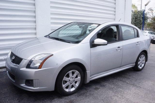 2012 NISSAN SENTRA 20 SR 4DR SEDAN brilliant silver dont let the miles fool you get hooked on m