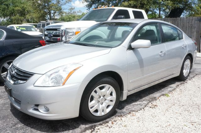 2012 NISSAN ALTIMA 25 S brilliant silver metallic 16 wheels wfull-wheel bolt-on coversmulti-a