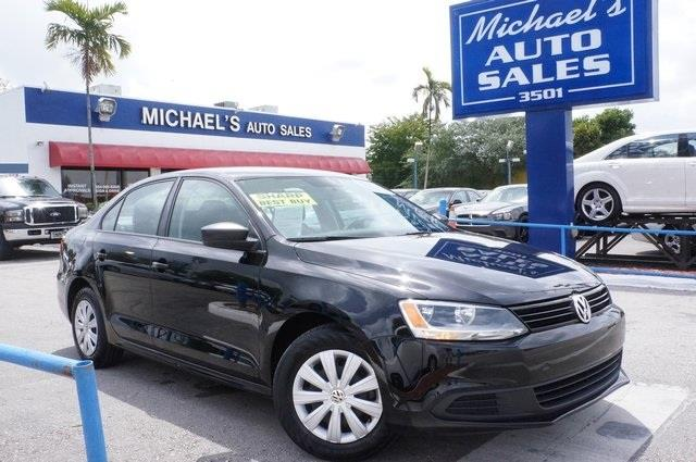 2012 VOLKSWAGEN JETTA 25L SE deep black metallic dont let the miles fool you youll never pay t