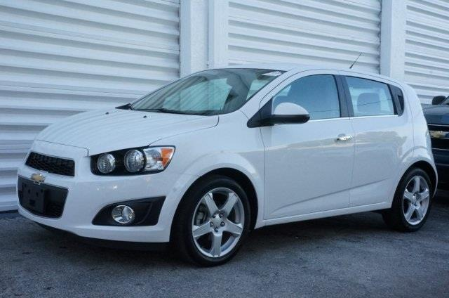 2013 CHEVROLET SONIC LTZ AUTO 4DR HATCHBACK W 1SF summit white isnt it time for a chevrolet st
