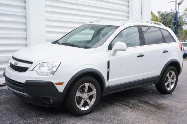 2012 CHEVROLET CAPTIVA SPORT LS 4DR SUV W 2LS arctic ice dont let the miles fool you theres no