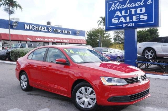 2014 VOLKSWAGEN JETTA 18T SE tornado red in a class by itself attention this 2014 jetta is
