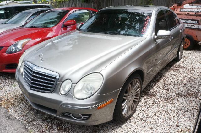 2007 MERCEDES-BENZ E-CLASS E350 4DR SEDAN unspecified 17 7-spoke alloy wheels10-way power front