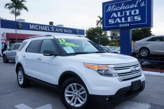 2013 FORD EXPLORER LIMITED 4X2 4DR SUV white platinum metallic tri-co 99 point safety inspection