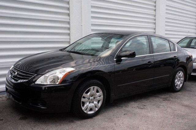2012 NISSAN ALTIMA 25 S 4DR SEDAN super black join us at michaels auto sales real winner how