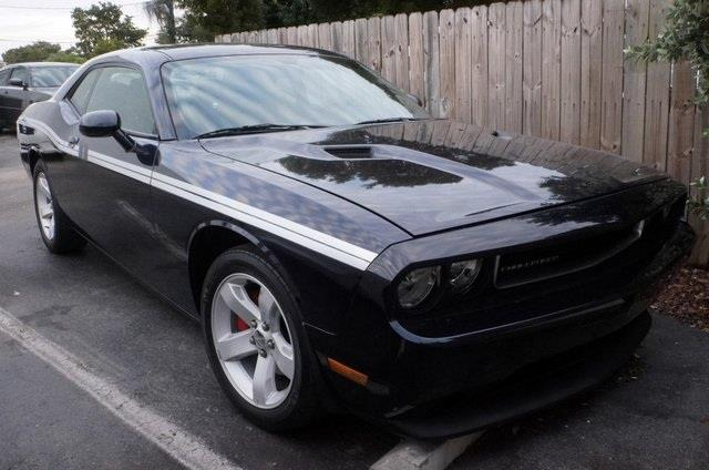 2012 DODGE CHALLENGER SXT 2DR COUPE purple get ready to enjoy wow where do i start come take