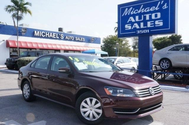 2013 VOLKSWAGEN PASSAT 25 S unspecified eager braking are happy to serve up road control airbags