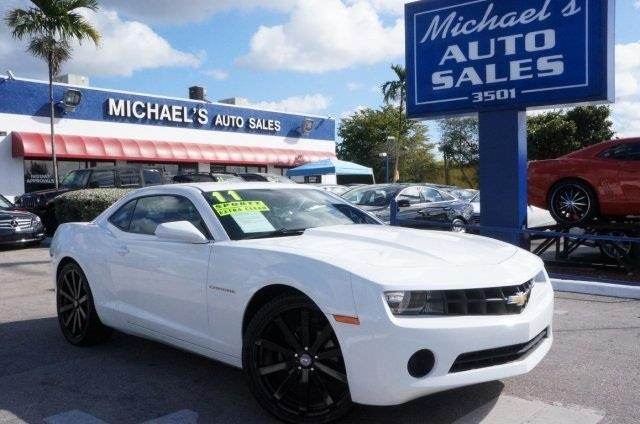2011 CHEVROLET CAMARO 1LS summit white the michaels auto sales edge your lucky day are you lo