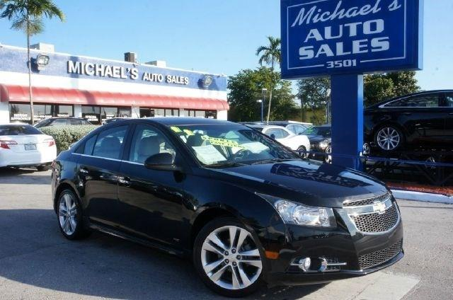 2011 CHEVROLET CRUZE LTZ 4DR SEDAN black granite metallic clean carfax 99 point safety in