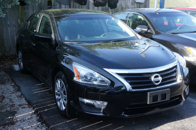 2013 NISSAN ALTIMA 25 S super black clean carfax 99 point safety inspection automat