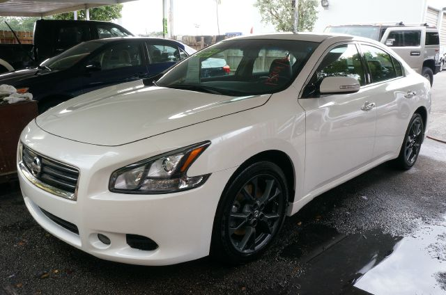 2012 NISSAN MAXIMA 35 S winter frost pearl 18 aluminum alloy wheelscloth seat trimradio amf