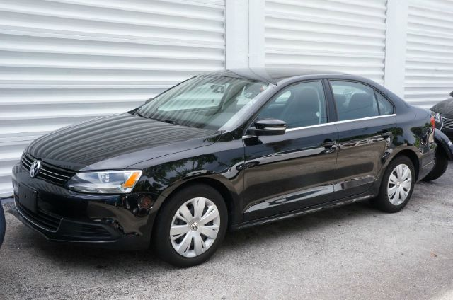 2013 VOLKSWAGEN JETTA 25L SE black uni 99 point safety inspection clean carfax and