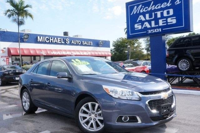 2014 CHEVROLET MALIBU LT 4DR SEDAN W2LT atlantis blue metallic simple switchgear is as easy as ab