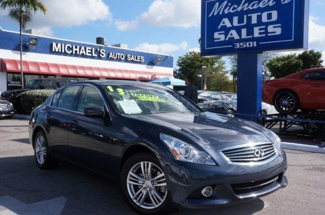 2013 INFINITI G37 SEDAN X AWD 4DR SEDAN graphite shadow awd dont let the miles fool you hold on