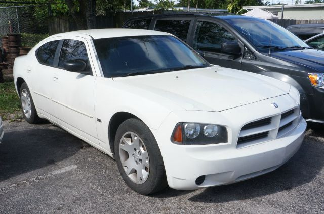 2006 DODGE CHARGER SE 4DR SEDAN unspecified 99 point safety inspection automatic and c