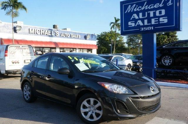 2011 MAZDA MAZDA3 I SPORT 4DR SEDAN 5A black mica clean carfax 99 point safety inspection