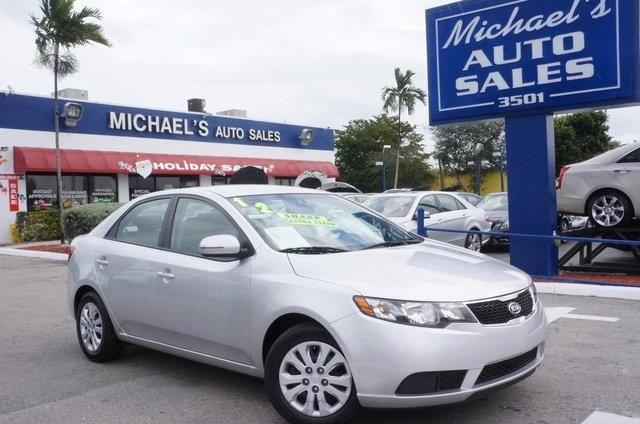 2012 KIA FORTE EX 4DR SEDAN 6A bright silver power to surprise what are you waiting for this