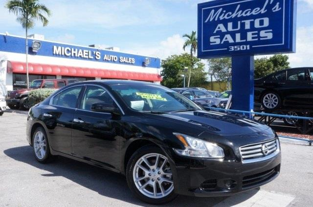 2012 NISSAN MAXIMA 35 S 4DR SEDAN black what are you waiting for best color here at michael