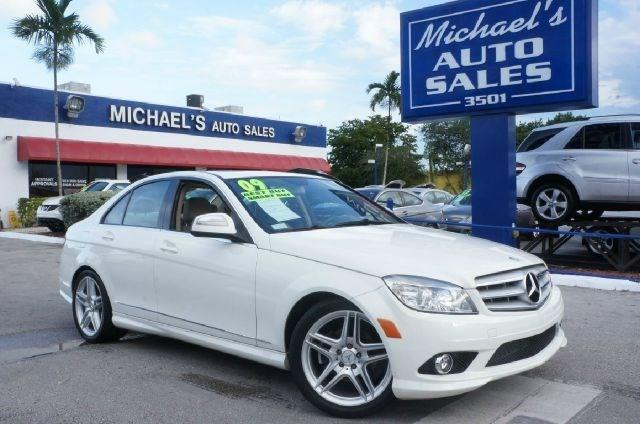 2009 MERCEDES-BENZ C-CLASS C300 arctic white 99 point safety inspection clean carfax
