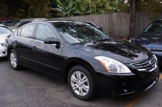 2012 NISSAN ALTIMA super black get ready to enjoy wow where do i start come take a look at t