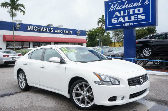2011 NISSAN MAXIMA 35 S 4DR SEDAN winter frost pearl 99 point safety inspection clean car
