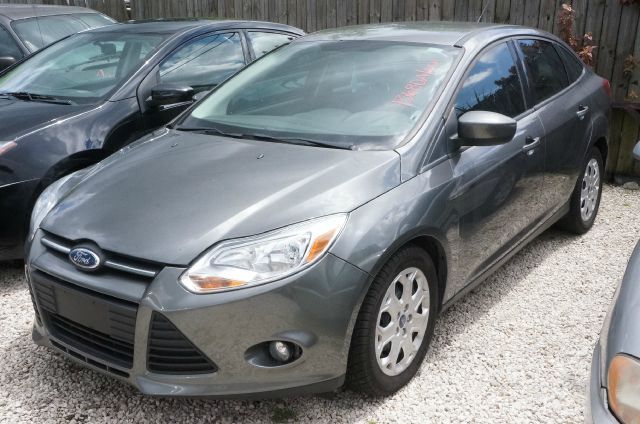 2012 FORD FOCUS SE 4DR SEDAN unspecified manager special   rebuilt  wont last  many more 4 speaker