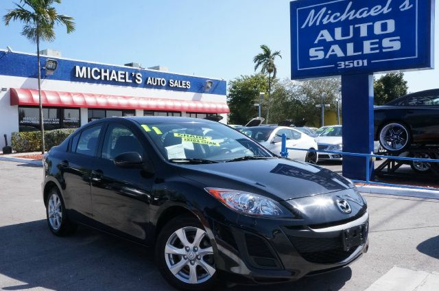 2011 MAZDA MAZDA3 I black mica 99 point safety inspection automatic clean carfax