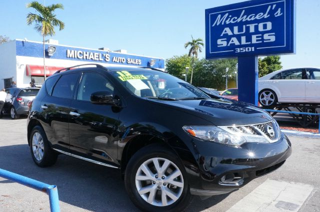 2013 NISSAN MURANO SV super black 99 point safety inspection automatic and clean carfa