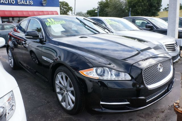 2011 JAGUAR XJ BASE ultimate black how appealing is this fantastic 2011 jaguar xj this great xj w
