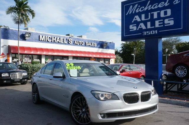 2009 BMW 7 SERIES 750I titanium silver metallic bmw has outdone itself with this beautiful 2009 bm