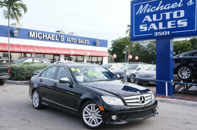 2009 MERCEDES-BENZ C-CLASS C300 black there is no better way to slide your way into the good life