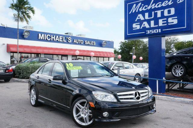 2010 MERCEDES-BENZ C-CLASS C350 black clean title come to the experts jet black if you want an