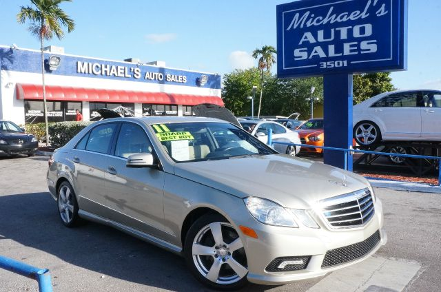 2011 MERCEDES-BENZ E-CLASS E350 pearl beige metallic 99 point safety inspection automatic