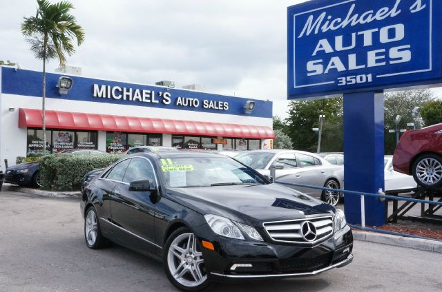 2011 MERCEDES-BENZ E-CLASS E350 black moonroof  sunroof navigation  navi  gps and u