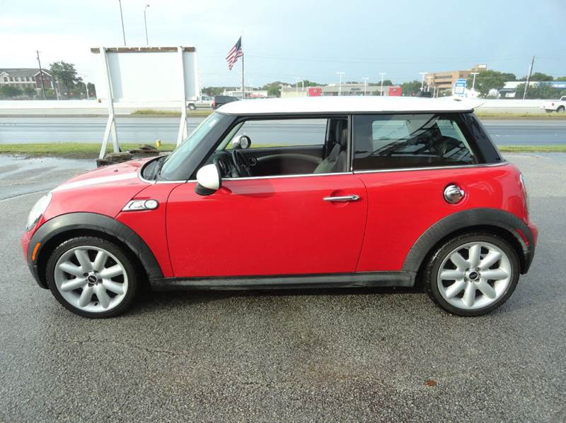 2007 mini cooper s 2dr hatchback in austin tx austin. Black Bedroom Furniture Sets. Home Design Ideas