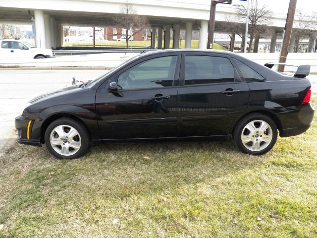 2007 ford focus zx4 st 4dr sedan in charleston wv t c 39 s. Black Bedroom Furniture Sets. Home Design Ideas