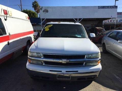 2002 Chevrolet Suburban for sale in Long Beach, CA