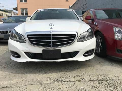 Mercedes benz e class for sale in brooklyn ny for Mercedes benz pay monthly